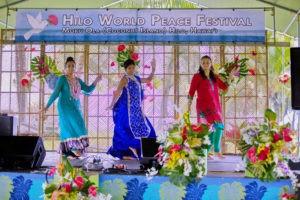 1-5d1_4215indian-dancers